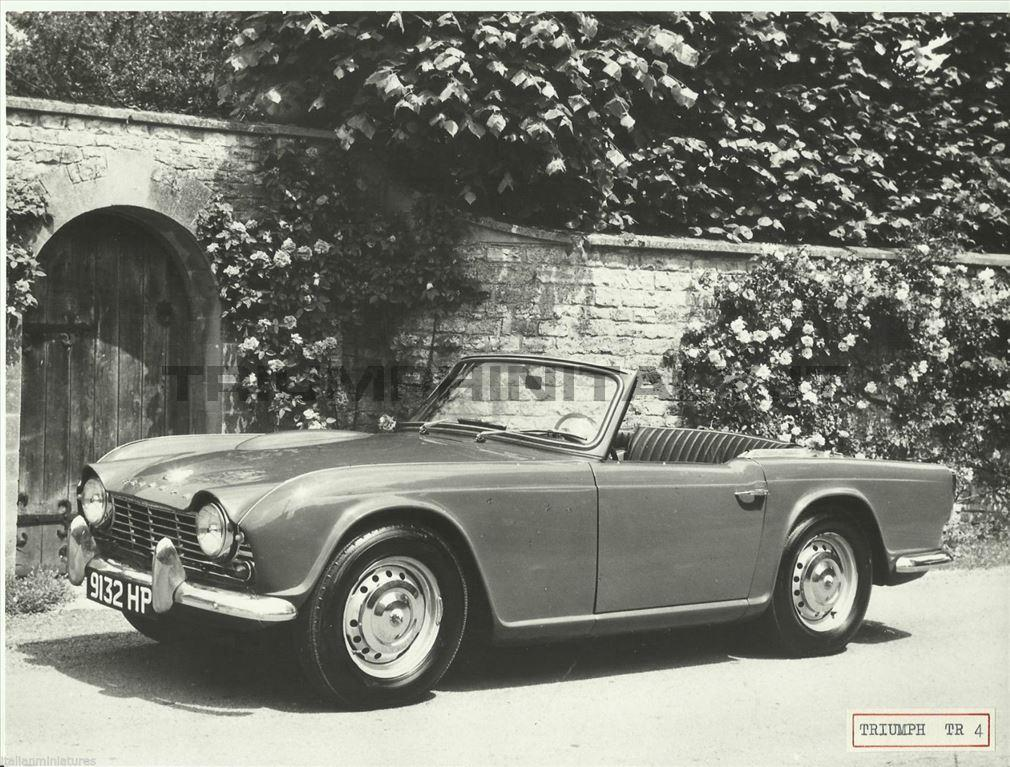 Roadster TR4
